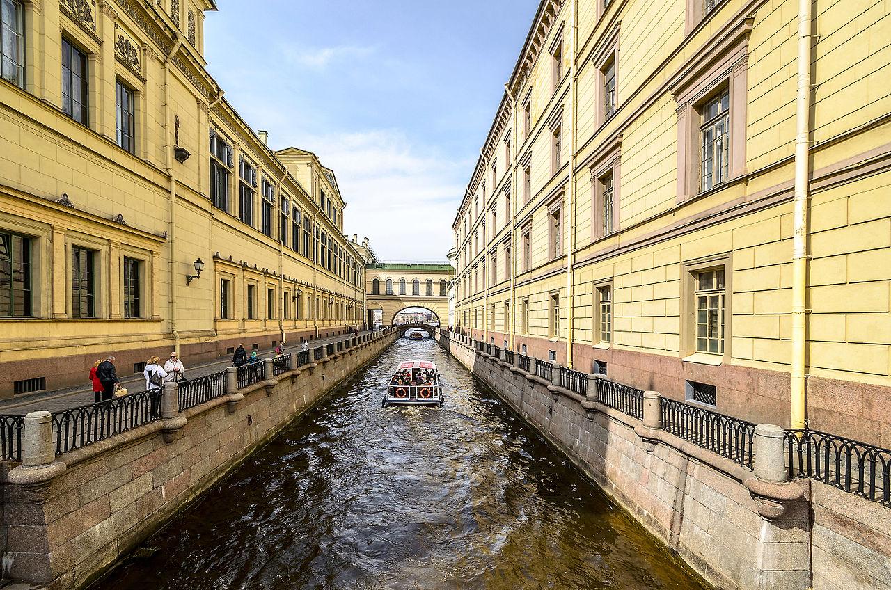 Зимняя канавка в Санкт-Петербурге. Автор фото: Florstein (WikiPhotoSpace)