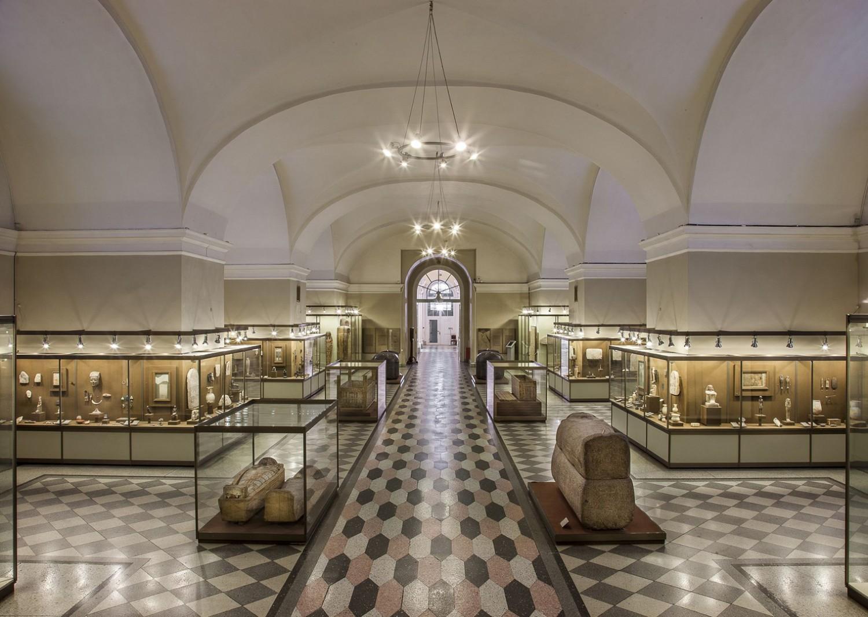 Зал Древнего Египта, источник фото: http://www.hermitagemuseum.org/wps/portal/hermitage/explore/buildings/locations/room/B10_F1_H100